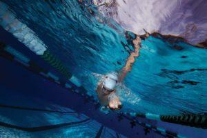 Pływackie pomoce elity