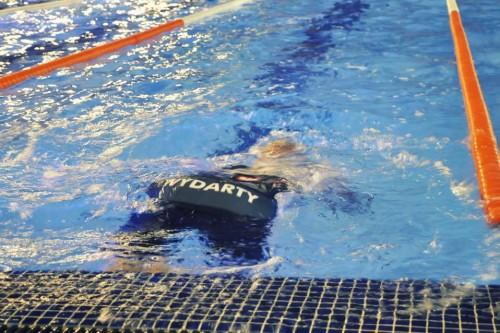 Żeby pływać szybko, trzeba pływać szybko i dużo